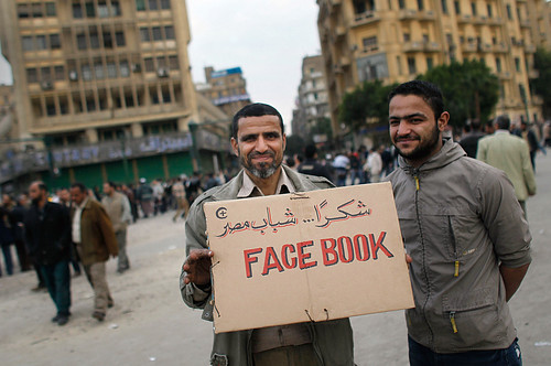 Image Courtesy: http://commentmideast.com/2012/03/the-role-of-mainstream-and-social-media-in-the-arab-spring/