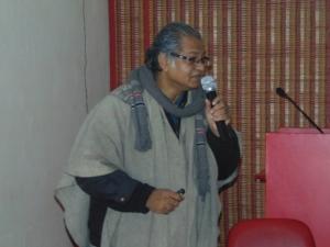Dr Savi Sawarkar